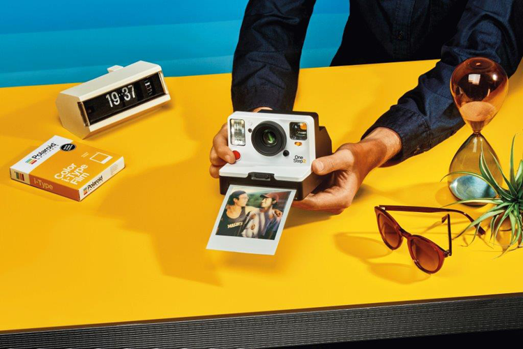 Nieuwe versie van direct-klaar Polaroid