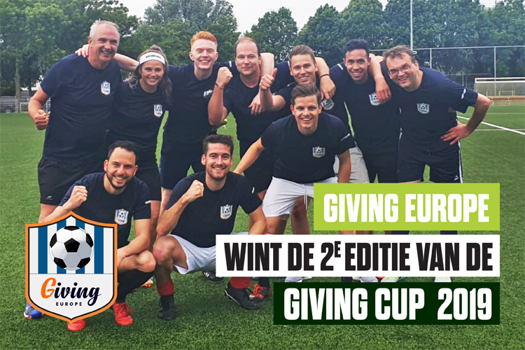 Wie pakt de Giving Cup